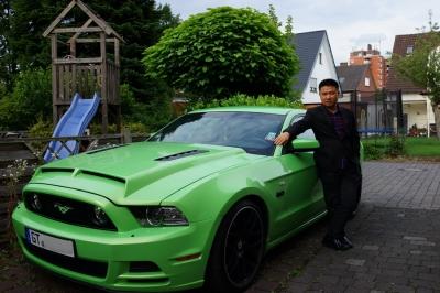 James und Autos, Faszination Auto steckt wohl in jedem von uns.