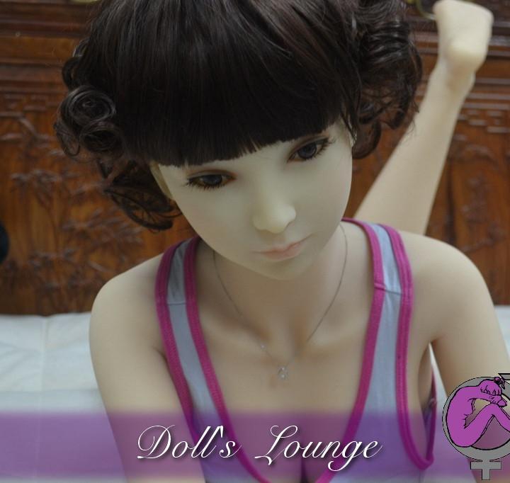 Doll's Lounge Sexdoll 125cm Cup B