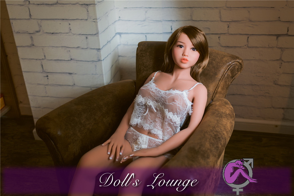 Karina die TPE Lovedoll 2016er Generation bei Doll's Lounge! Eine absolute Premium Sexpuppe!