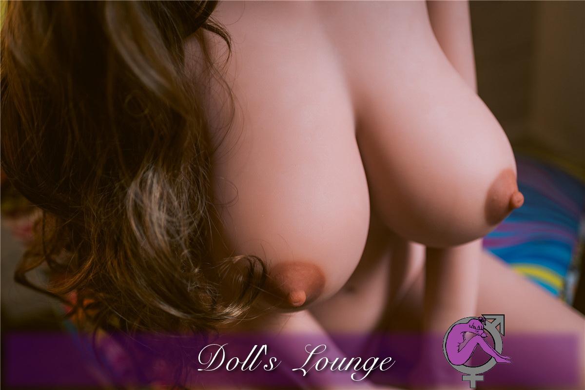 Chantalle Big-Boob_war gestern . Heute präsentieren wir Ihnen eine XXL Double D Sexbombe.