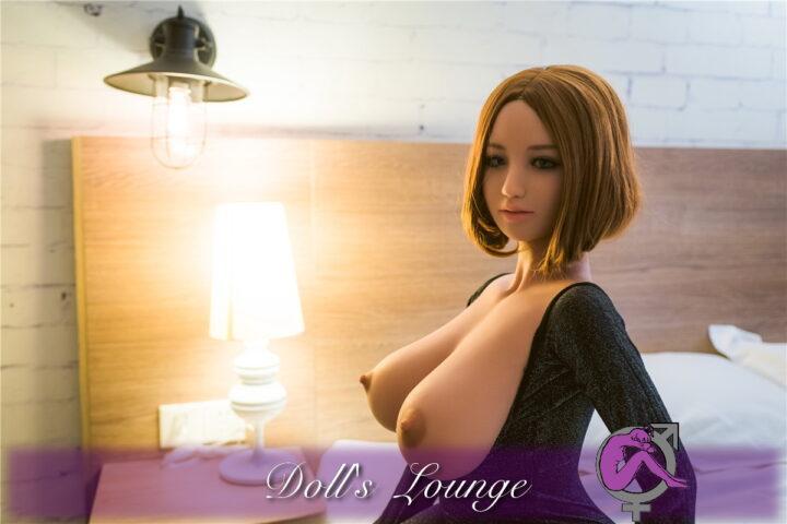 Karoline die neue Dimension denn Big-Boobs_waren gestern . Heute präsentieren wir Ihnen eine XXL Double D Sexbombe.