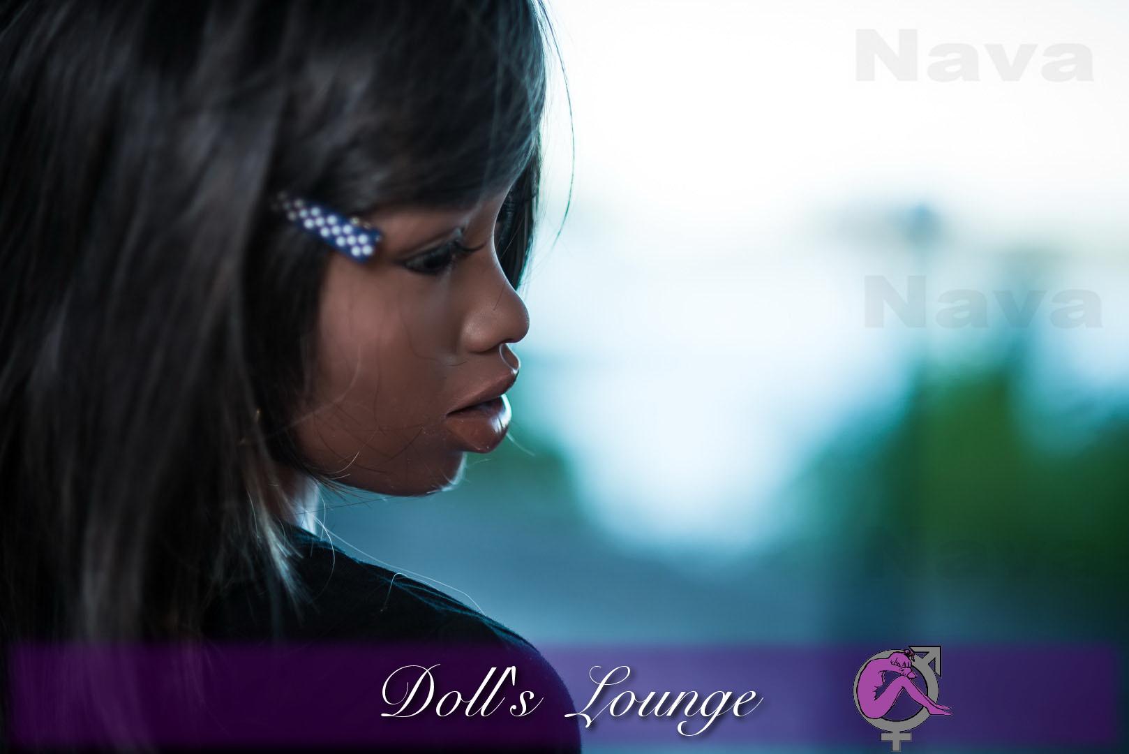 Die von 1AM für WM-Doll gefertigte Ebony Lovedoll Nava besticht durch ihre Einzigartigkeit