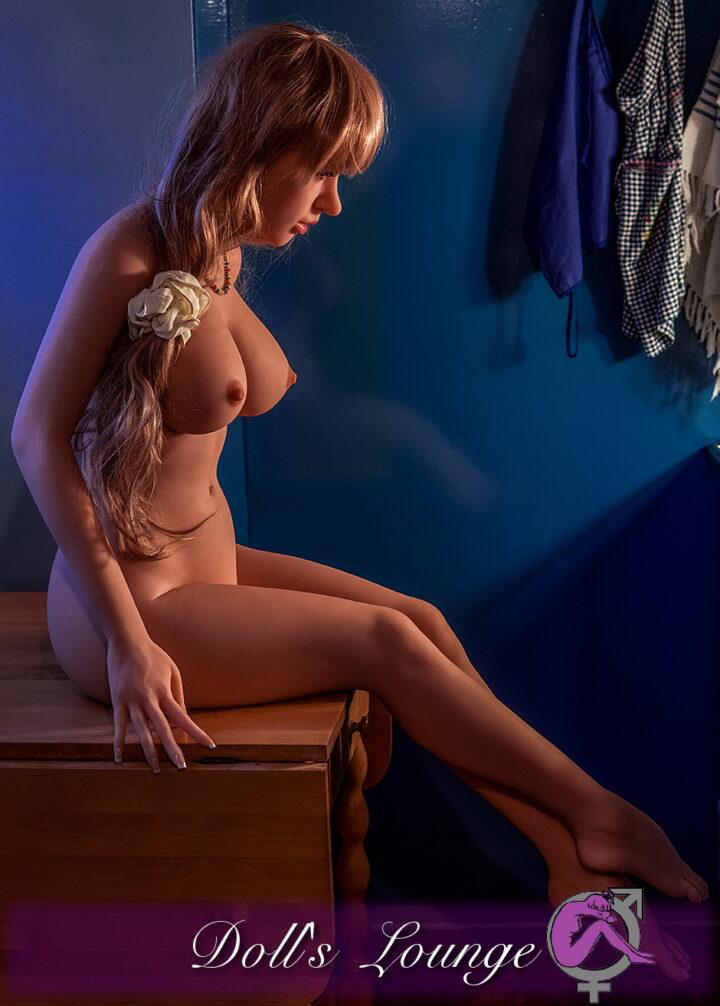 Miss Big Ass ist die TPE Liebespuppe für Lovedollliebhaber, die auf weiblichere Rundungen und Figuren stehen. Private Bilder!!