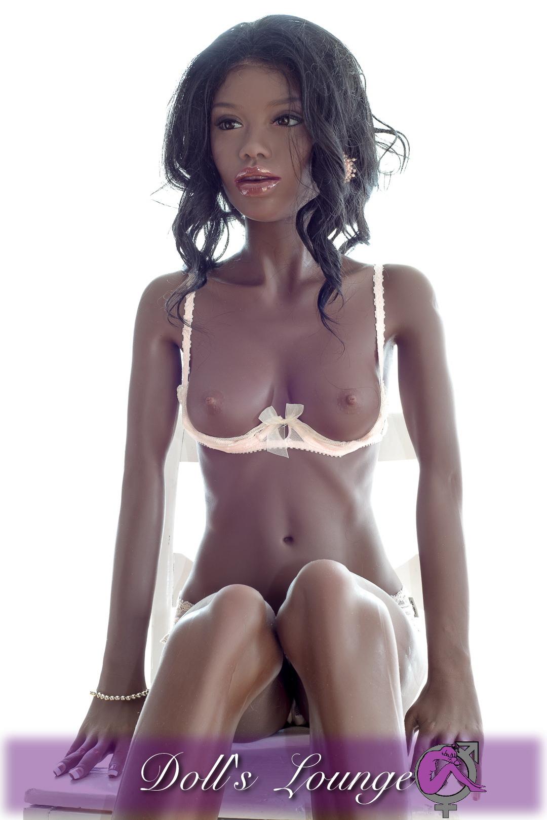 TPE 153cm Ebony Sexpuppe Naira , der Schokohase unter den lebensechten realDoll-Klassen Gummipuppen