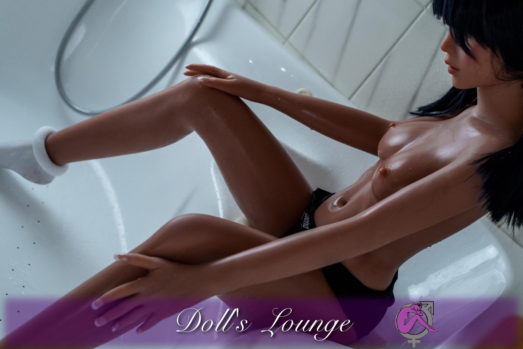 Lust auf ein sexy Event mit Renè-Angelique im Badezimmer?