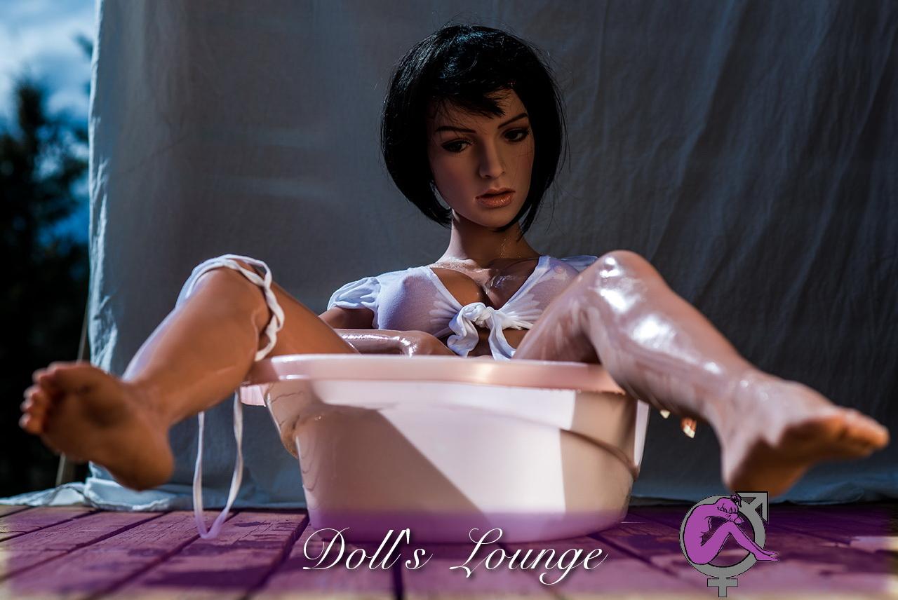Nadine der kleine Badespaß in zwei Größen - Asian-TPE realDoll- Klasse