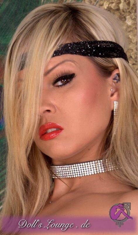 Crowdfunding Lovedoll Crazy Sue mit dieser Puppe beginnen wir damit bekannte Stars für Ihre eigenen Sexpuppen zu unterstützen!