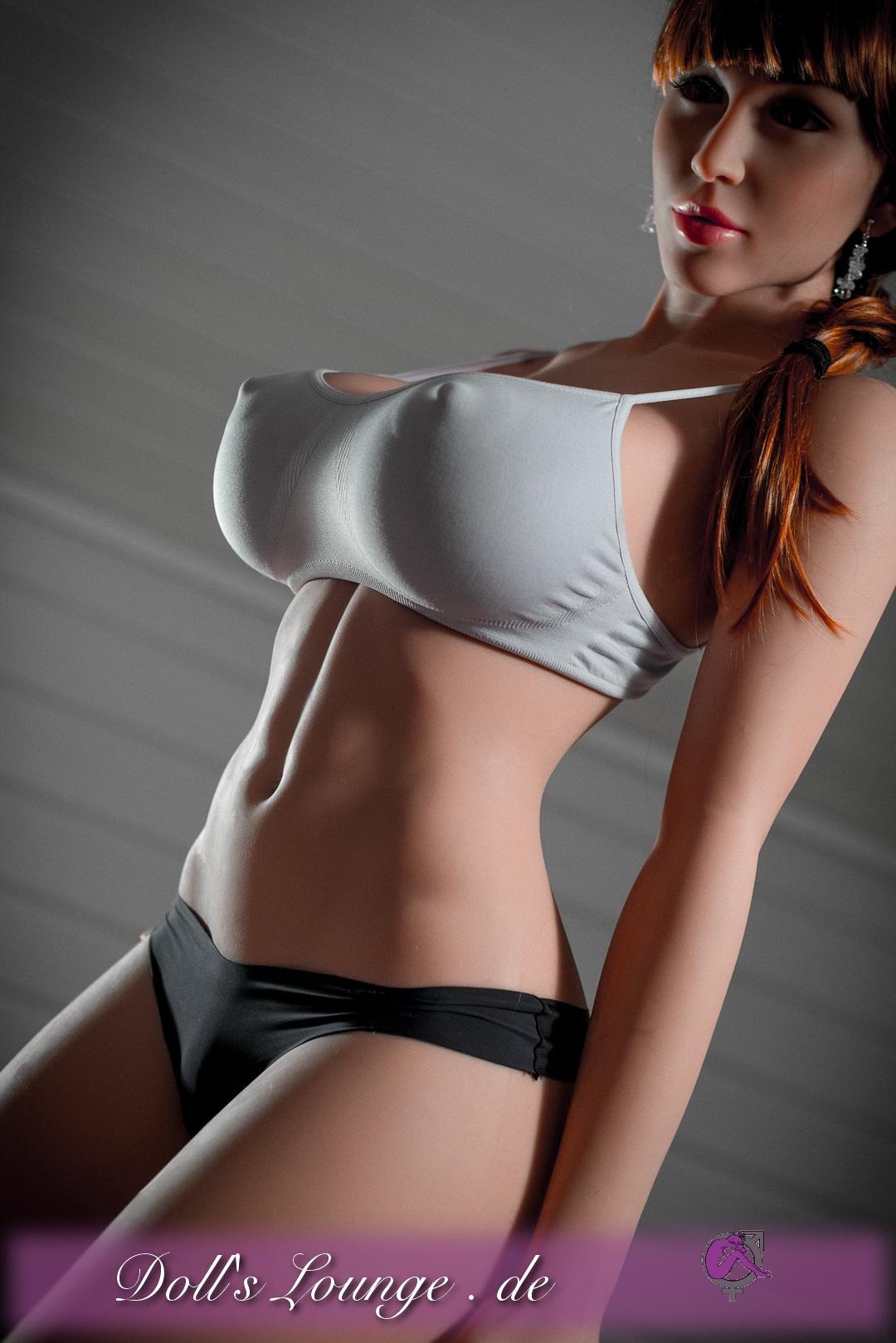 Tahni ist unter den TPE Sexpuppen mit ihren 170cm einer der erotischsten Sexpuppen die WM Doll je gebaut hat